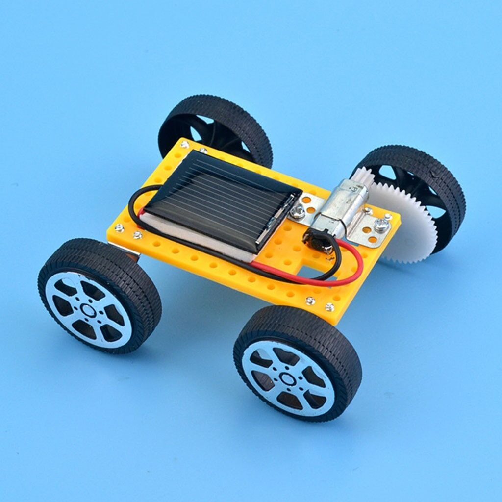 Машинка на солнечных батареях